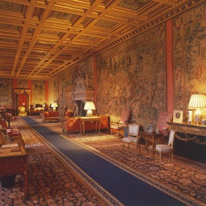 Iyntwood Long Drawing Room