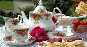 tea-cream-tea-with-roses