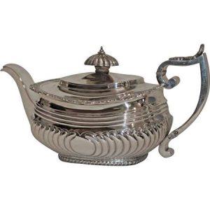tea-goergian-silver-teapot-1817